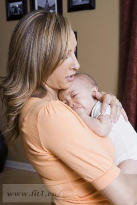 为什么宝宝在睡觉前哭泣?